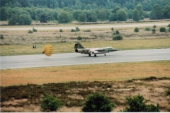 f104-landing